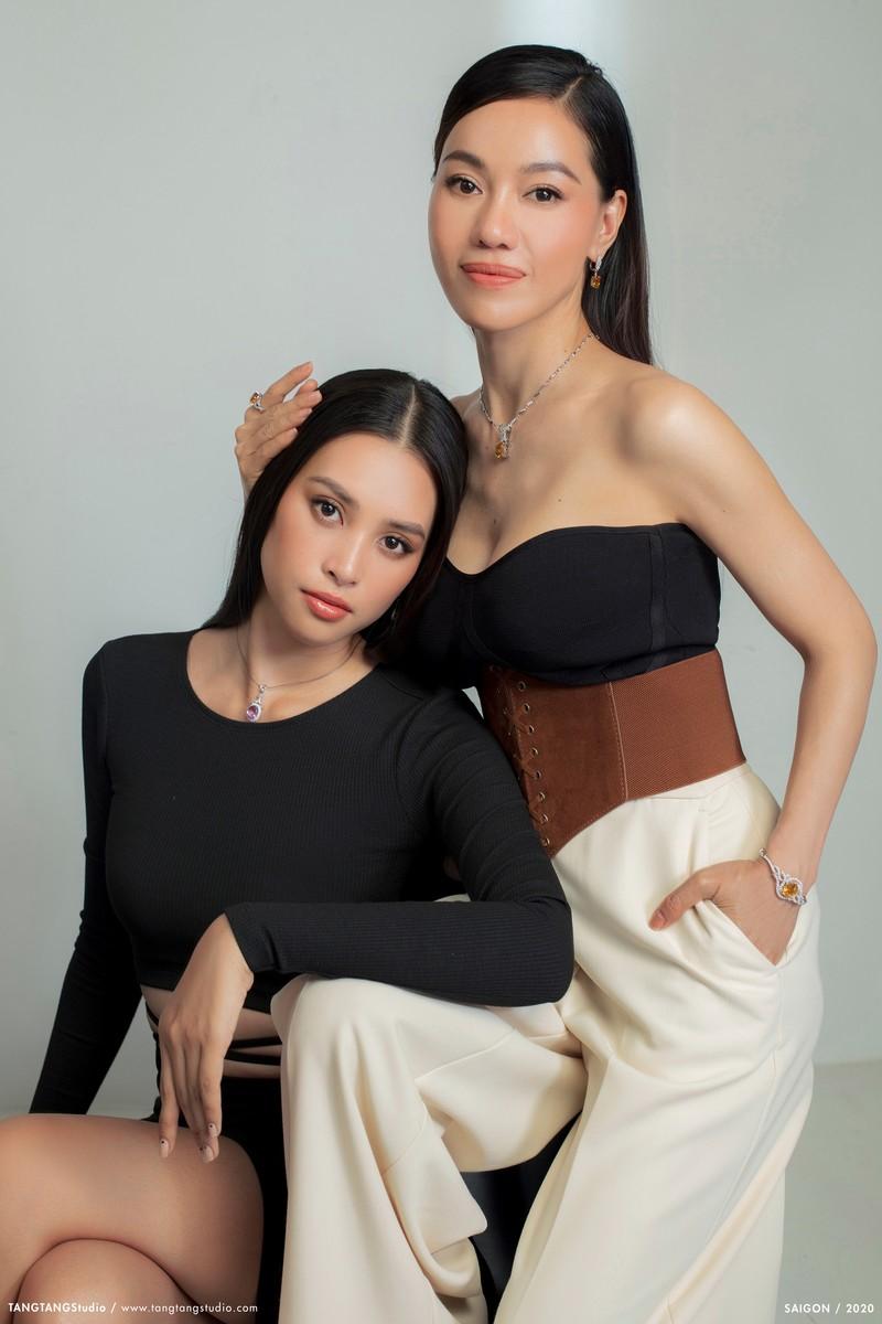 Bà Phạm Kim Dung tiết lộ  phải canh chừng sợ Tiểu Vy quên đi thi Hoa hậu - ảnh 4