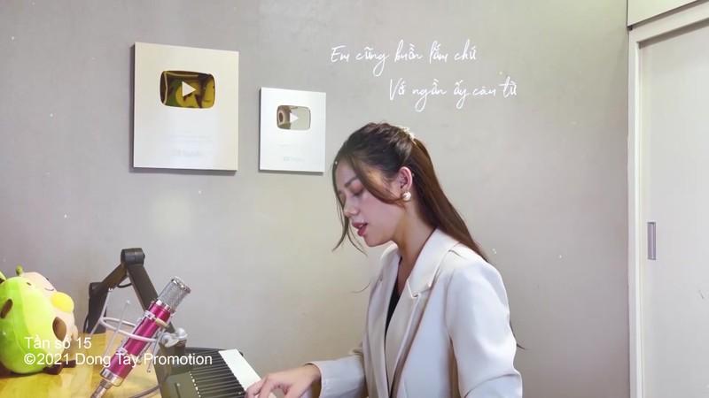 Ca sĩ Thanh Duy chất lừ phiêu tại nhà với 'Tình anh bán chiếu' - ảnh 2