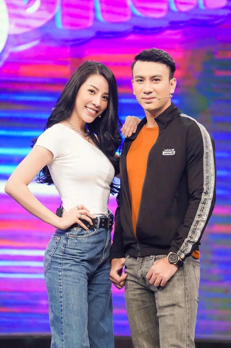 Dương Cường khiến MC Quốc Bảo 'đứng hình' trong Thứ 5 vui nhộn - ảnh 1