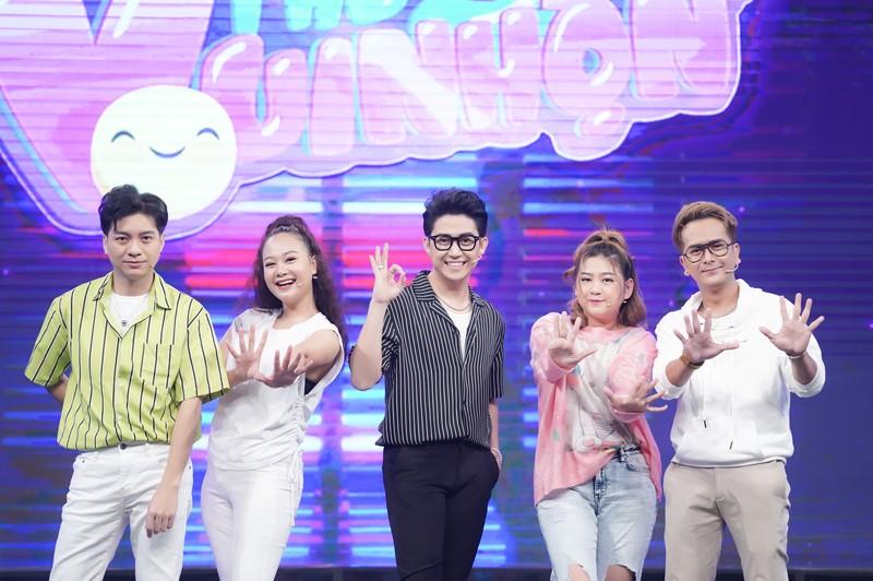 Hùng Thuận hát lại hit gợi nhớ về nhóm MBK trong 'Thứ 5 vui nhộn' - ảnh 1
