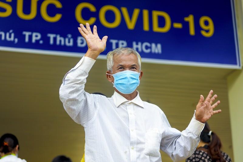 17 bệnh nhân mắc COVID-19  trở về từ tay tử thần - ảnh 13