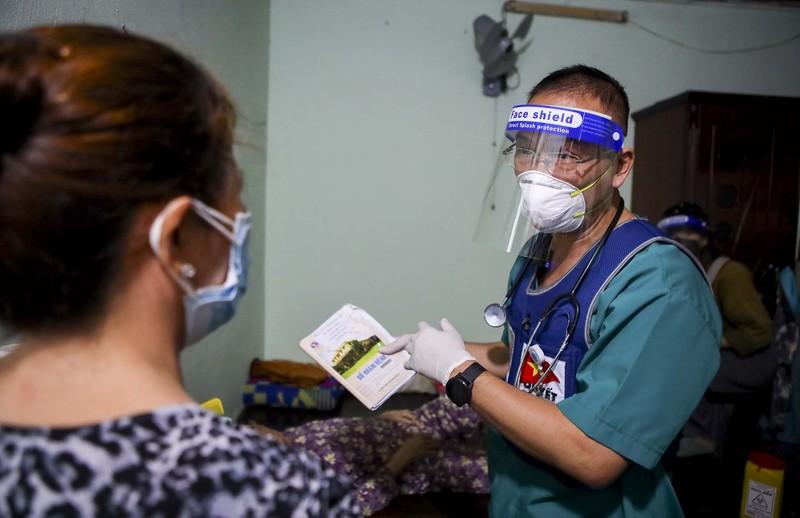 TPHCM: Thăm khám, tiêm vaccine tại nhà cho phụ nữ mang thai, người cao tuổi - ảnh 10