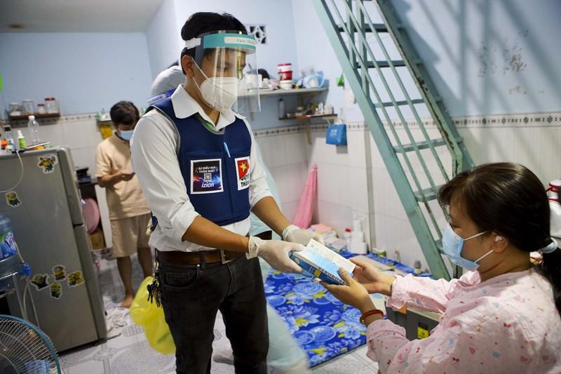 TPHCM: Thăm khám, tiêm vaccine tại nhà cho phụ nữ mang thai, người cao tuổi - ảnh 6