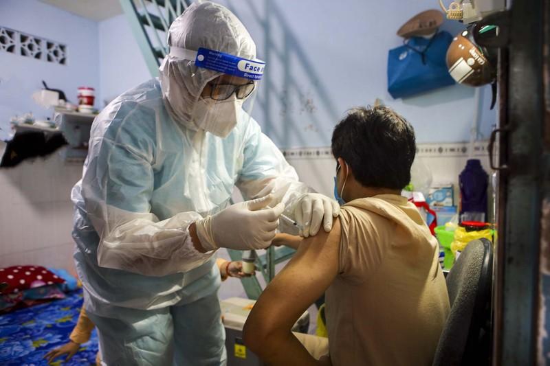 TPHCM: Thăm khám, tiêm vaccine tại nhà cho phụ nữ mang thai, người cao tuổi - ảnh 7