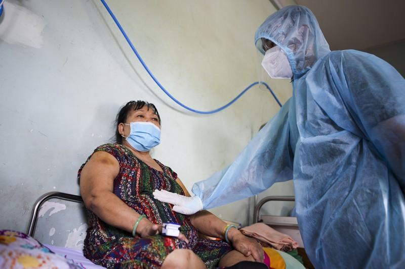 Lớp học phục hồi chức năng cho bệnh nhân tổn thương do COVID-19 - ảnh 6