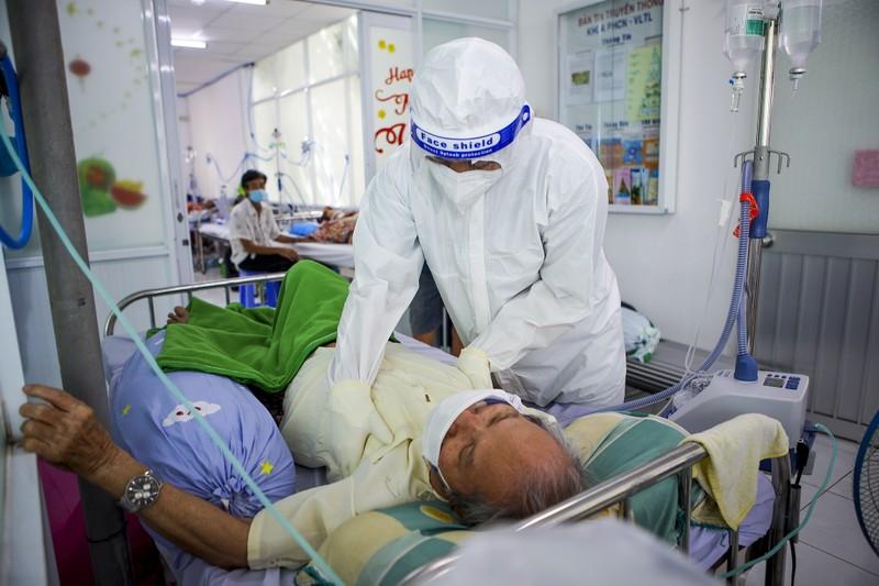 Lớp học phục hồi chức năng cho bệnh nhân tổn thương do COVID-19 - ảnh 7