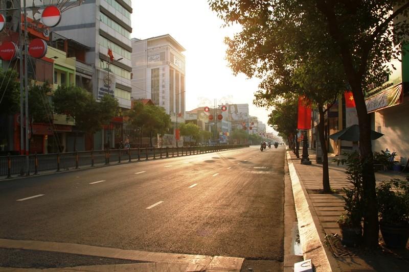 Phố Sài Gòn lãng mạn ngày đầu năm - ảnh 16