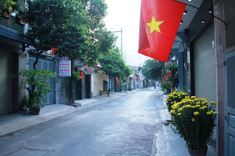 Phố Sài Gòn lãng mạn ngày đầu năm - ảnh 7