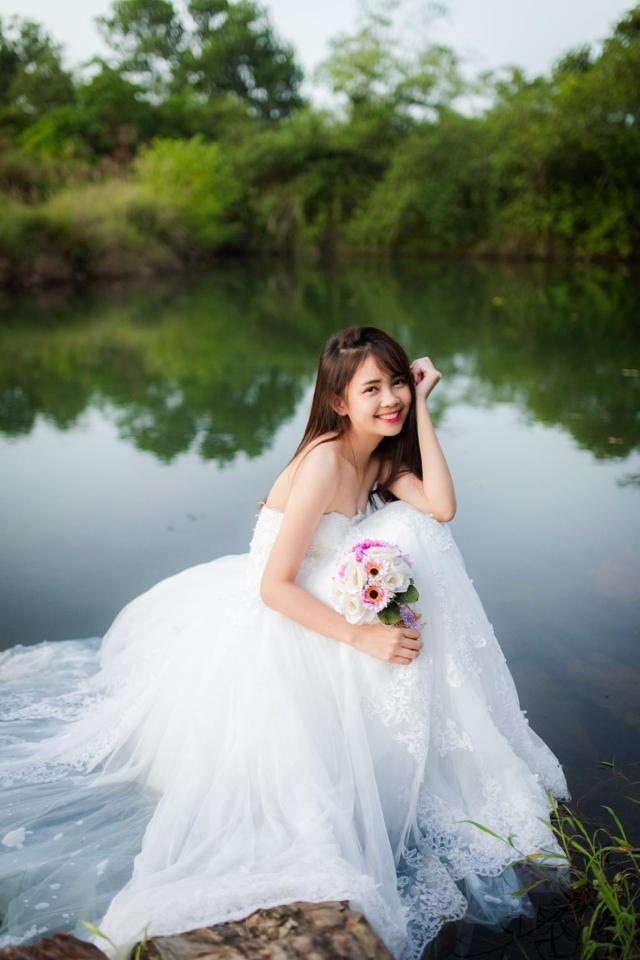 ngoài thời gian học Quỳnh Chi còn tham gia làm mẫu ảnh