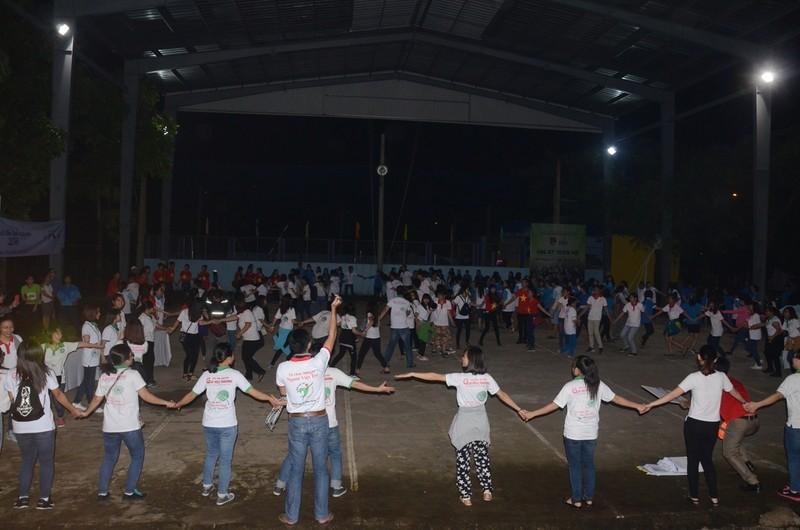 500 người ra quân 'Kết nối trái tim tình nguyện 2016' - ảnh 5