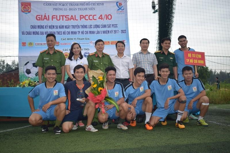 Kịch tính màn tranh tài bóng đá của cảnh sát, công an  - ảnh 11