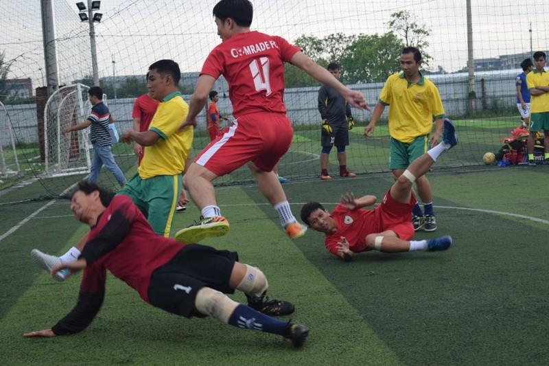 Kịch tính màn tranh tài bóng đá của cảnh sát, công an  - ảnh 15