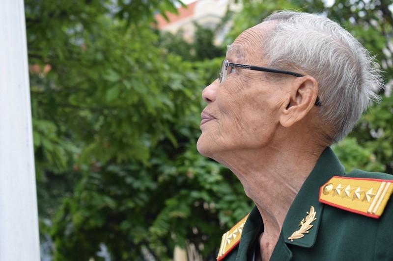 Triển lãm Thắm tình hữu nghị Việt Nam - Liên bang Nga - ảnh 2