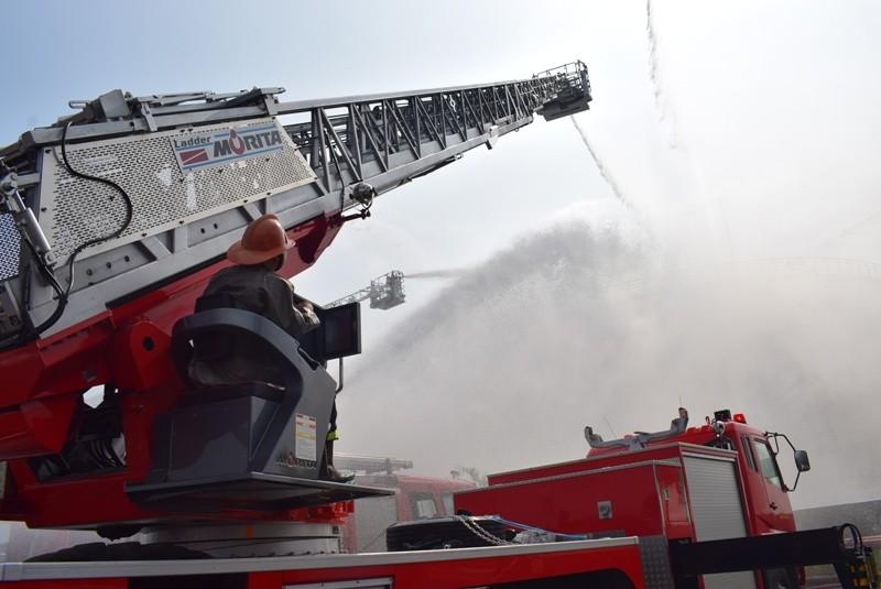 900 người dập đám cháy Tổng kho xăng dầu Nhà Bè - ảnh 6
