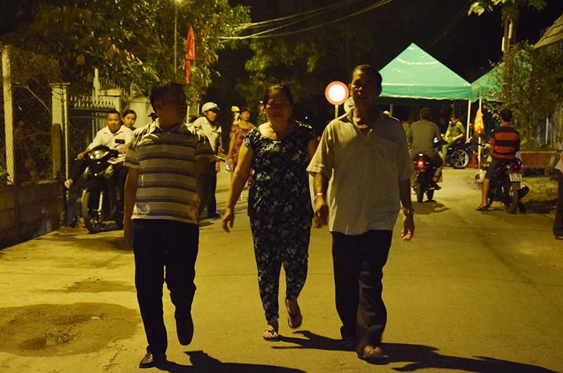 Người dân Củ Chi tiễn đưa cố Thủ tướng Phan Văn Khải - ảnh 1