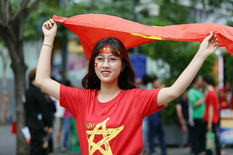 Cổ động viên cả nước tiếp lửa cho Olympic Việt Nam - ảnh 1
