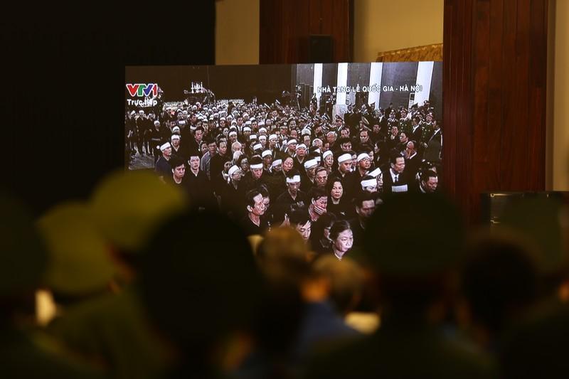 Xúc động hình ảnh lễ truy điệu Chủ tịch nước tại TP.HCM - ảnh 4