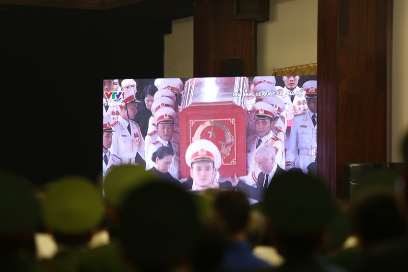 Xúc động hình ảnh lễ truy điệu Chủ tịch nước tại TP.HCM - ảnh 5