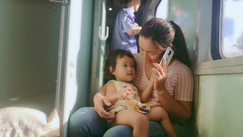 Chuyện tình trên chuyến tàu Bắc-Nam: Chọn lại, chị vẫn yêu anh - ảnh 1