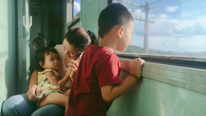 Chuyện tình trên chuyến tàu Bắc-Nam: Chọn lại, chị vẫn yêu anh - ảnh 2