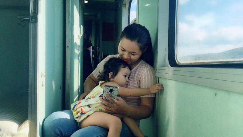 Chuyện tình trên chuyến tàu Bắc-Nam: Chọn lại, chị vẫn yêu anh - ảnh 3