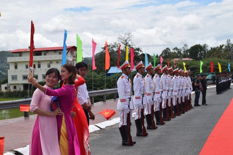 Những bóng hồng gây thương nhớ ở biên giới Tịnh Biên - ảnh 7