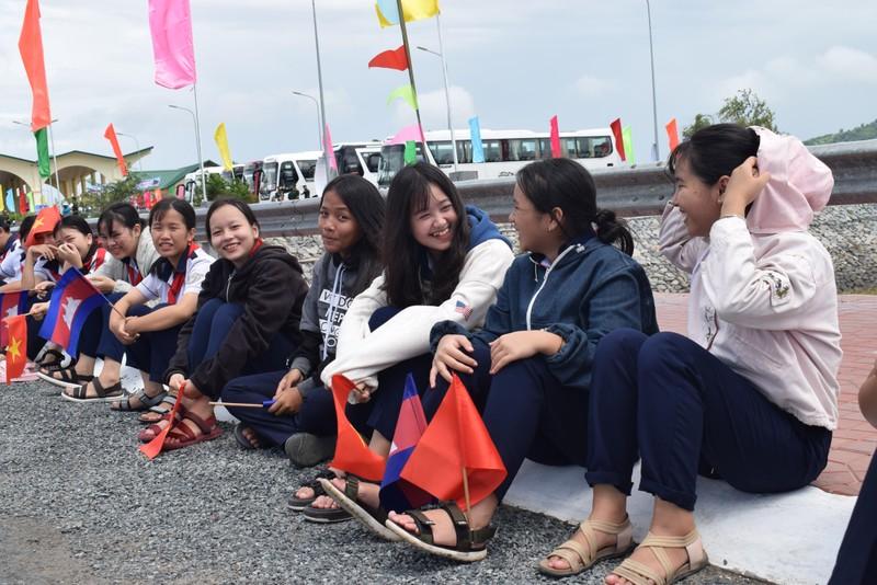 Những bóng hồng gây thương nhớ ở biên giới Tịnh Biên - ảnh 9