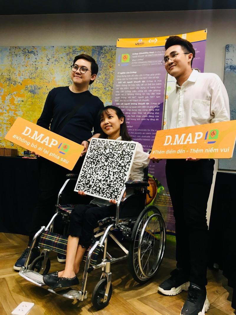 Huỳnh Lập 'đốn tim' fan khi dự cuộc thi về người khuyết tật - ảnh 2