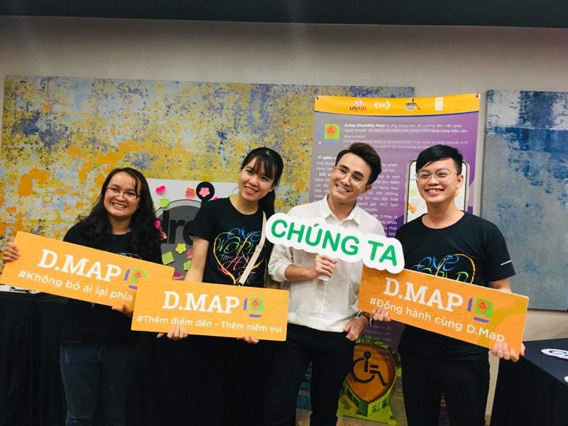 Huỳnh Lập 'đốn tim' fan khi dự cuộc thi về người khuyết tật - ảnh 10