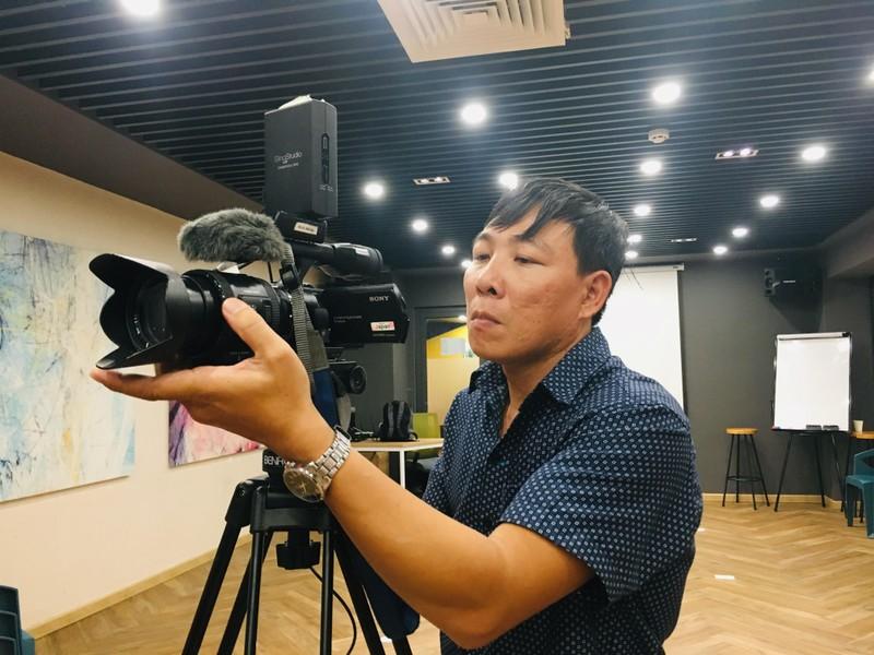 Huỳnh Lập 'đốn tim' fan khi dự cuộc thi về người khuyết tật - ảnh 5