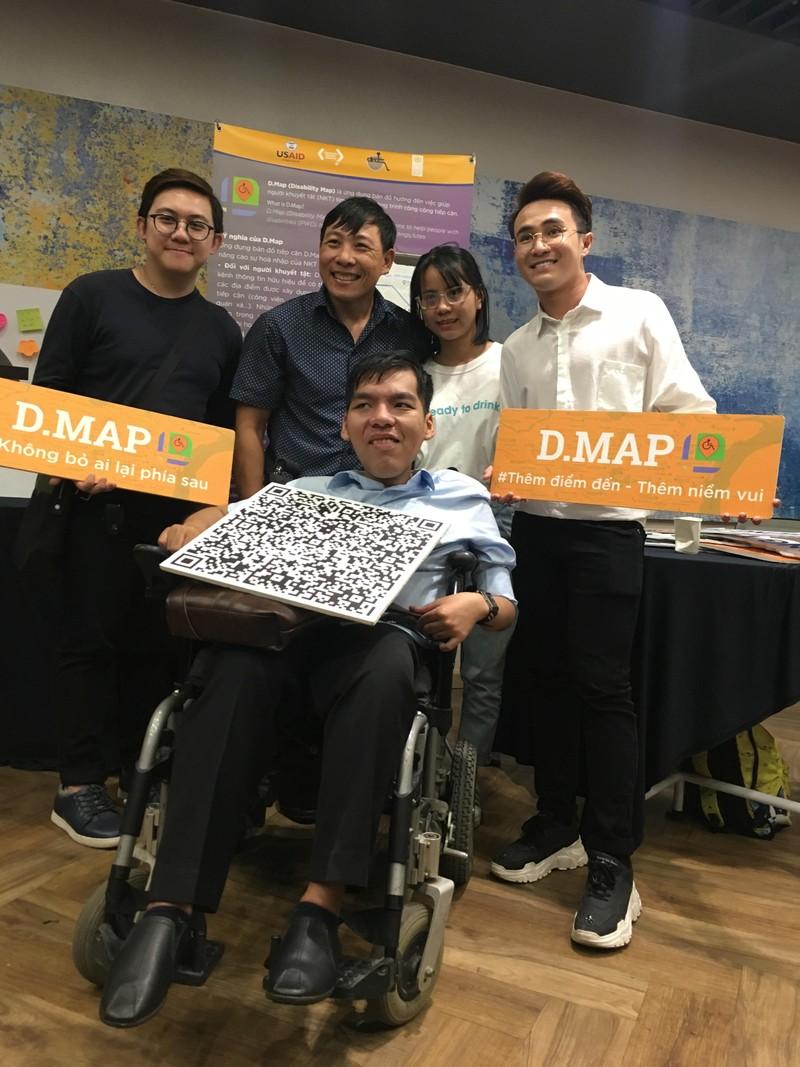 Huỳnh Lập 'đốn tim' fan khi dự cuộc thi về người khuyết tật - ảnh 7