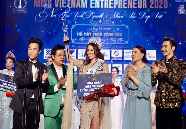 Vụ tổ chức thi chui Hoa hậu Doanh nhân: Phạt 90 triệu - ảnh 1