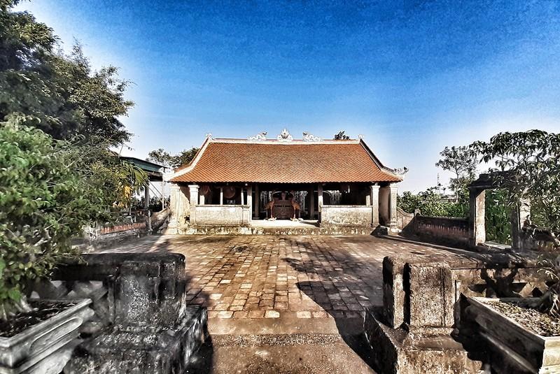 Uy nghiêm phủ thờ hàng trăm năm lịch sử ở Nghệ An - ảnh 2