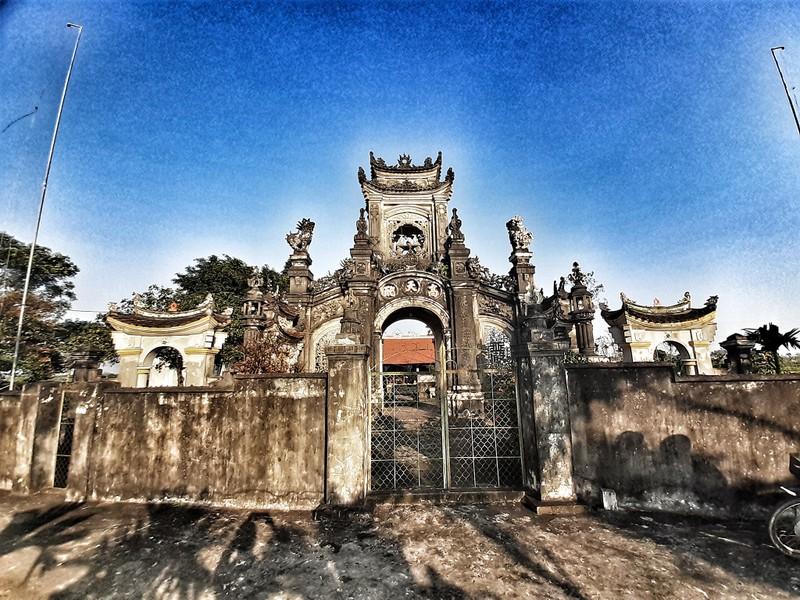 Uy nghiêm phủ thờ hàng trăm năm lịch sử ở Nghệ An - ảnh 1