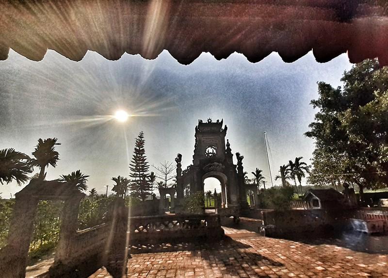 Uy nghiêm phủ thờ hàng trăm năm lịch sử ở Nghệ An - ảnh 10