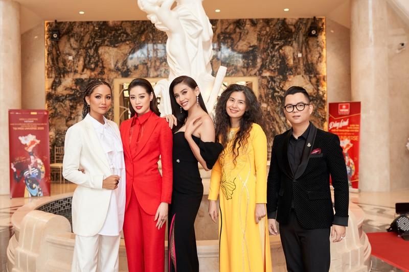 Hé lộ trang phục dân tộc cho Khánh Vân tại Miss Universe 2020 - ảnh 1