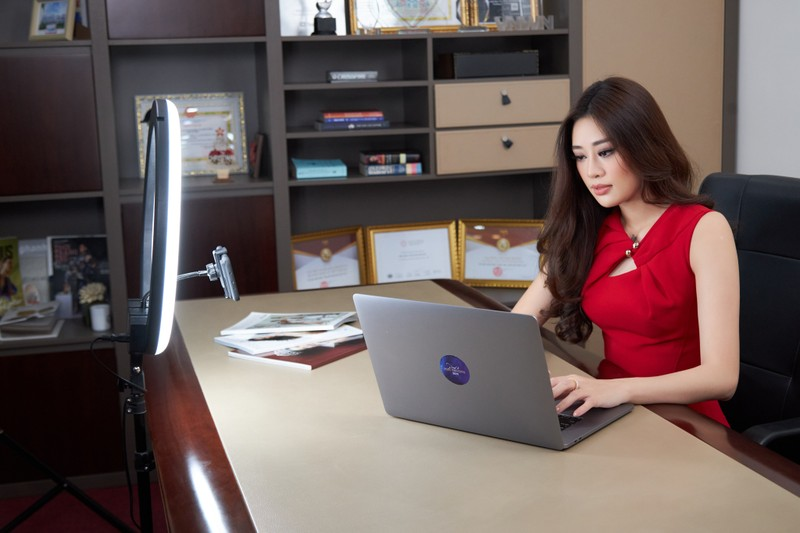 Hoàng My trở lại Miss Universe VN 2021 'làm khó' Khánh Vân? - ảnh 3