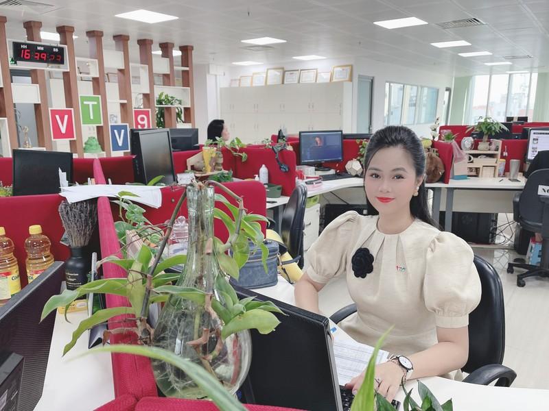 Hoa khôi Phương Thảo bảo vệ thành công luận văn thạc sĩ - ảnh 3