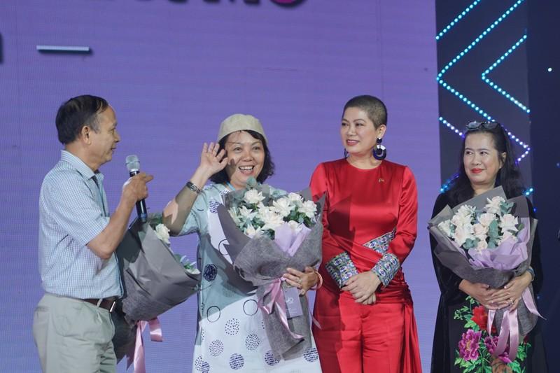 Dàn sao Việt dự lễ kỷ niệm Quốc khánh Cộng hòa Nam Phi - ảnh 6