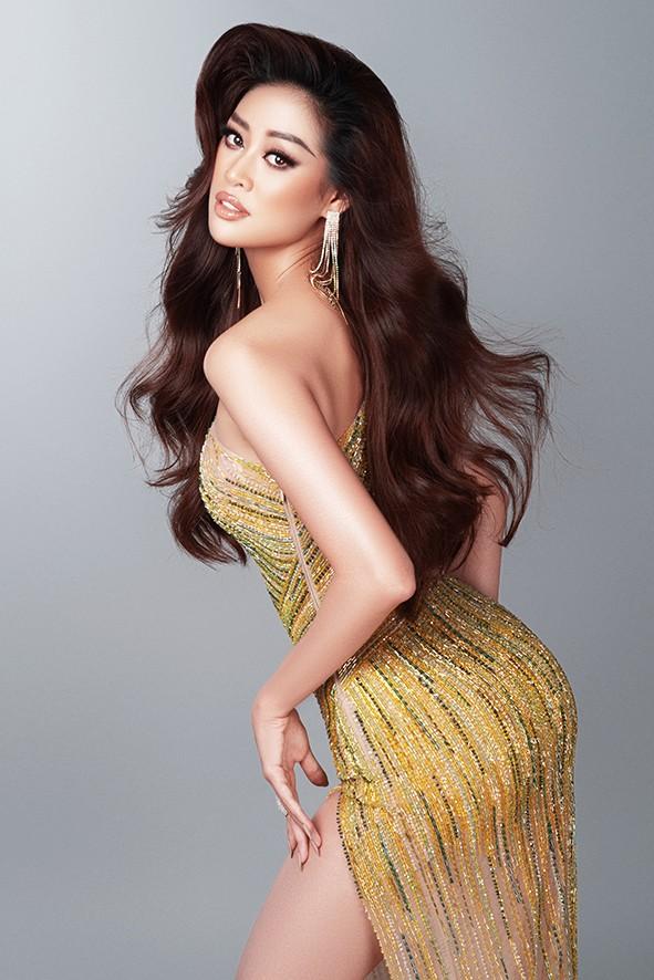 Hoa hậu Khánh Vân nóng bỏng với đầm dạ hội quyến rũ - ảnh 1