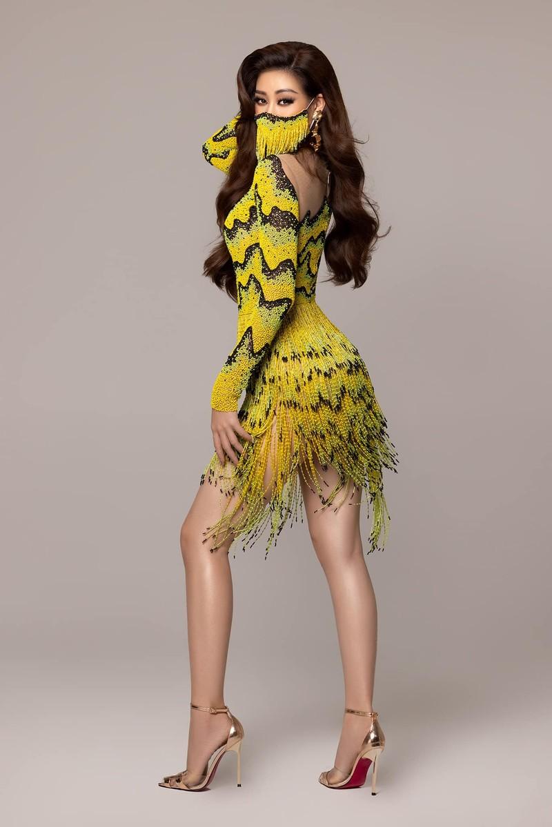 Hoa hậu Khánh Vân mặc váy 'ruộng bậc thang' trên đất Mỹ - ảnh 7