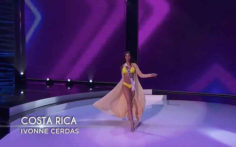 Ngắm Khánh Vân thi dạ hội tại Bán kết Miss Universe - ảnh 10