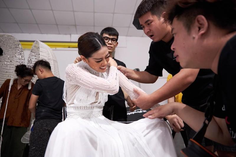 Nhìn lại hành trình bứt phá của Khánh Vân tại Miss Universe - ảnh 1