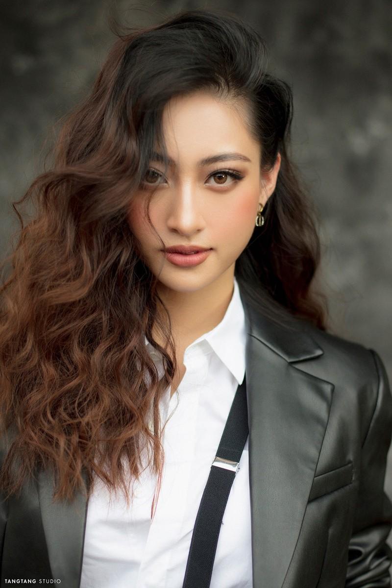 Tốp 3 Hoa hậu Thế giới Việt Nam thay đổi như thế nào sau đăng quang? - ảnh 1
