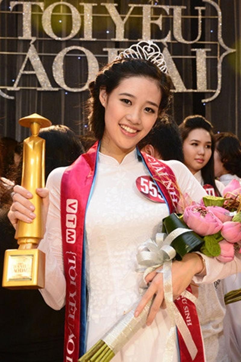 Hoa hậu Khánh Vân và 8 năm hành trình không mệt mỏi - ảnh 2
