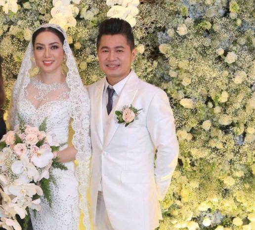 Vì sao ca sĩ Lâm Vũ và vợ ly hôn sau hơn hai năm gắn bó? - ảnh 1