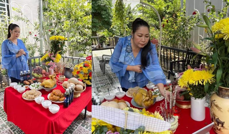 TP.HCM: Nghệ sĩ dâng hương cúng Tổ tại nhà trong mùa dịch - ảnh 1