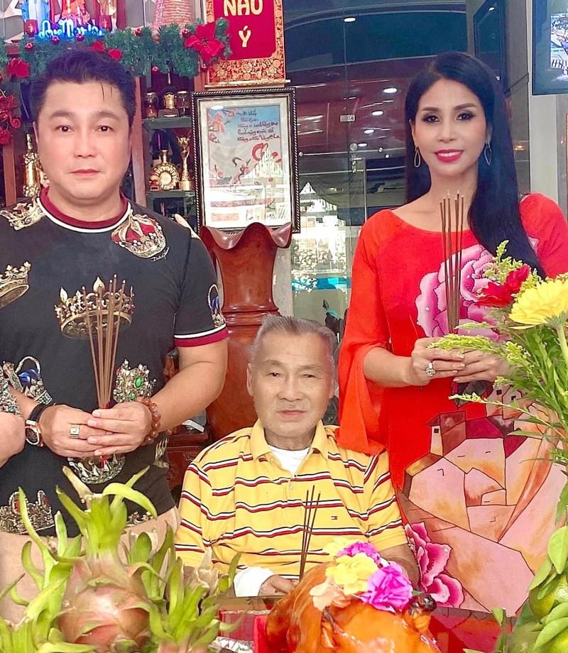 TP.HCM: Nghệ sĩ dâng hương cúng Tổ tại nhà trong mùa dịch - ảnh 8
