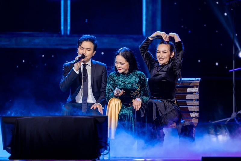 Hơn 20 năm tri kỉ trên sân khấu của Phi Nhung-Mạnh Quỳnh - ảnh 2