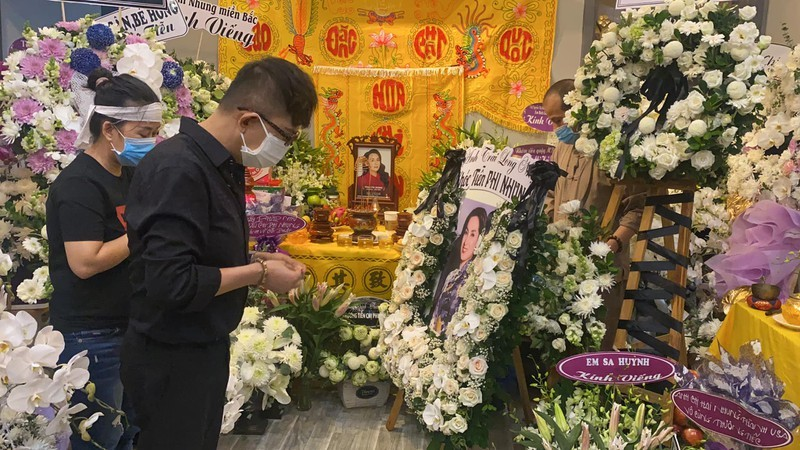 Hoãn thời gian tổ chức lễ tưởng niệm ca sĩ Phi Nhung - ảnh 2